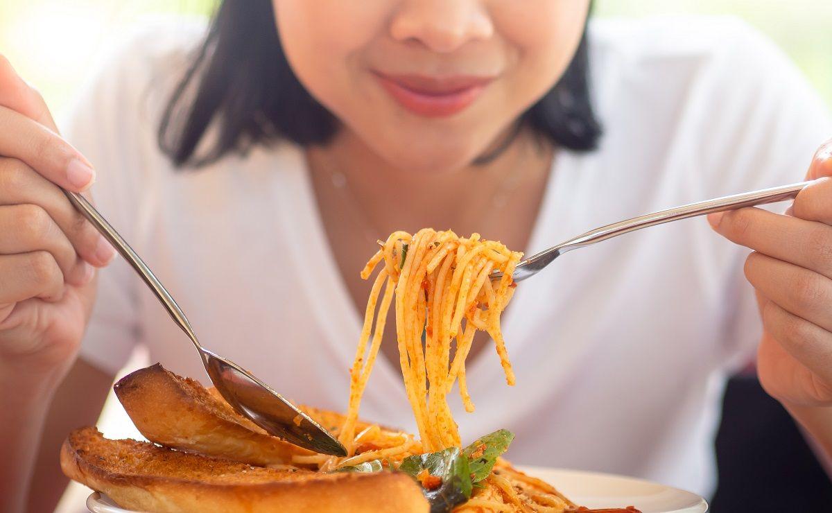 ¿Debes dejar de comer pasta para adelgazar o estar saludable?