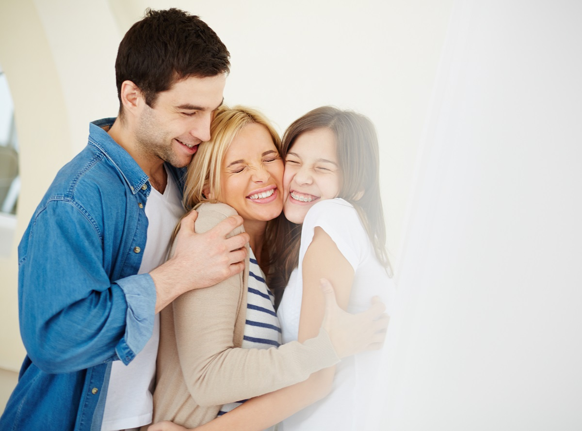 ¿La felicidad mejora tu salud? Esto dice la ciencia