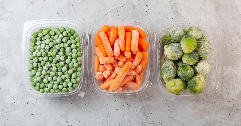 vegetales en recipientes