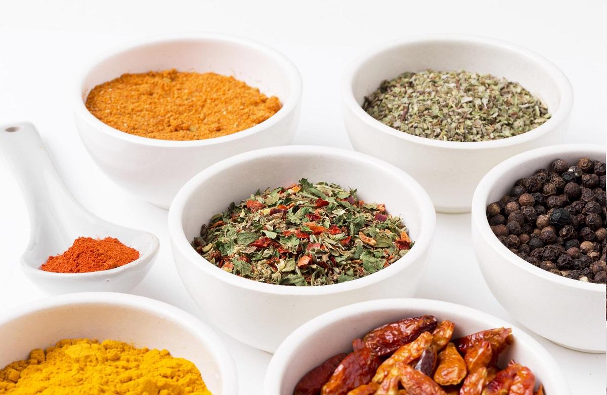5 especias para agregar sabor y nutrición a tus comidas