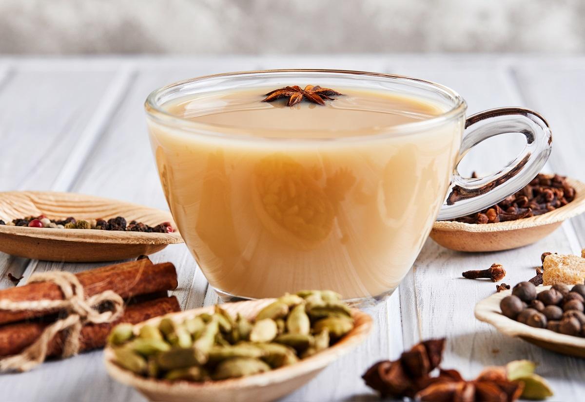Beneficios del té chai y cómo prepararlo en casa