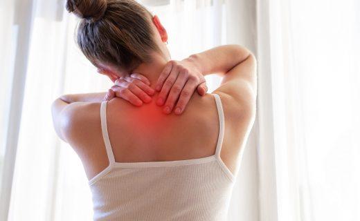 7 acciones para aliviar el dolor de espalda alta
