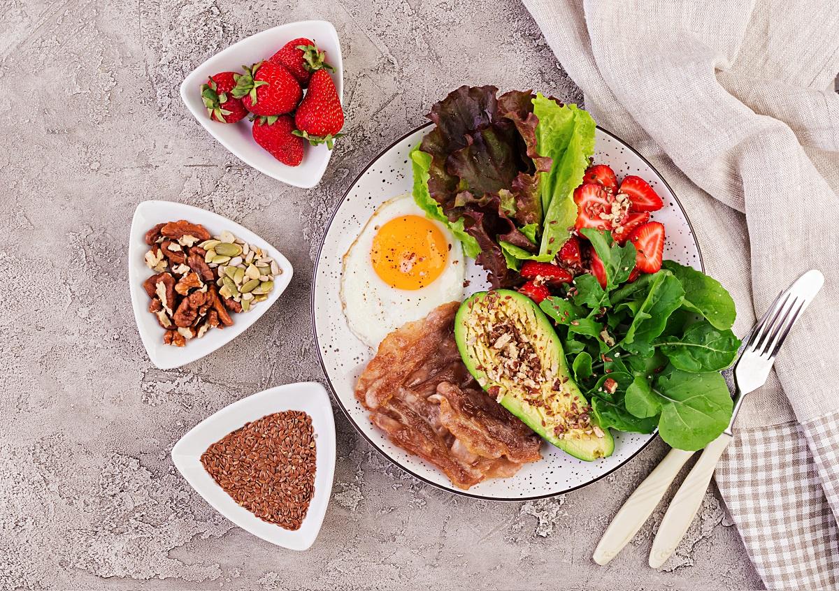 Beneficios comprobados de una dieta baja en carbohidratos